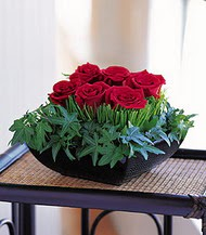 Tunceli çiçek yolla  10 adet kare mika yada cam vazoda gül tanzim