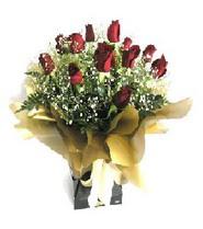 Tunceli çiçek satışı  11 adet kirmizi gül  buketi