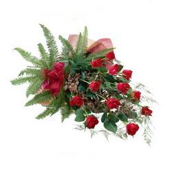 Tunceli ucuz çiçek gönder  10 adet kirmizi gül özel buket çiçek siparisi