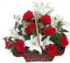 sepette gül ve kazablankalar   Tunceli çiçek gönderme sitemiz güvenlidir