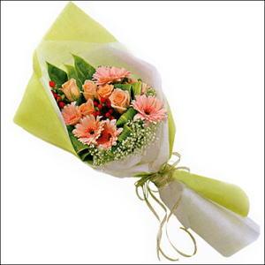 sade güllü buket demeti  Tunceli çiçek gönderme sitemiz güvenlidir