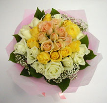 sari ve beyaz gül karisimda   Tunceli online çiçekçi , çiçek siparişi
