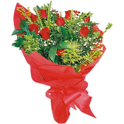 11 adet gül buketi sade ve görsel  Tunceli çiçekçi mağazası