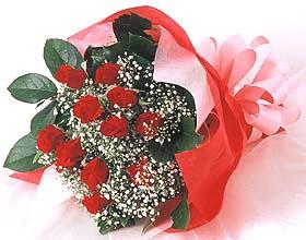 12 adet kirmizi gül buketi  Tunceli hediye çiçek yolla