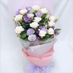 Tunceli çiçek gönderme  BEYAZ GÜLLER VE KIR ÇIÇEKLERIS BUKETI
