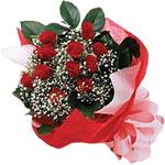 Tunceli çiçek gönderme  KIRMIZI AMBALAJ BUKETINDE 12 ADET GÜL