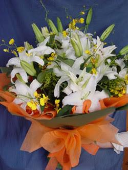 Tunceli çiçek gönderme  5 ADET KAZABLANKA BUKETI KALITEDEN SASMAYANLARA