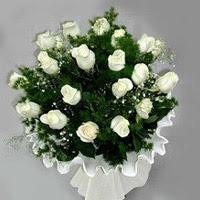 Tunceli İnternetten çiçek siparişi  11 adet beyaz gül buketi ve bembeyaz amnbalaj