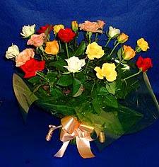 Tunceli İnternetten çiçek siparişi  13 adet karisik renkli güller