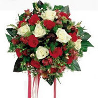 Tunceli çiçek yolla , çiçek gönder , çiçekçi   6 adet kirmizi 6 adet beyaz ve kir çiçekleri buket