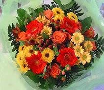 Tunceli çiçek yolla , çiçek gönder , çiçekçi   sade hos orta boy karisik demet çiçek