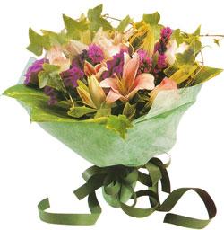karisik mevsim buketi anneler günü ve sevilenlere  Tunceli çiçek gönderme sitemiz güvenlidir