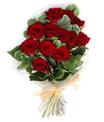 Tunceli hediye sevgilime hediye çiçek  9 lu kirmizi gül buketi.