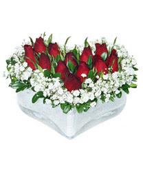 Tunceli çiçek satışı  mika kalp içerisinde 9 adet kirmizi gül