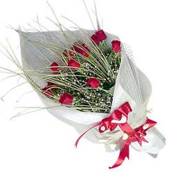 Tunceli 14 şubat sevgililer günü çiçek  11 adet kirmizi gül buket- Her gönderim için ideal