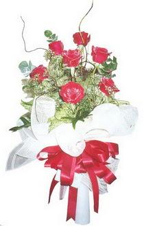 Tunceli çiçek yolla  7 adet kirmizi gül buketi