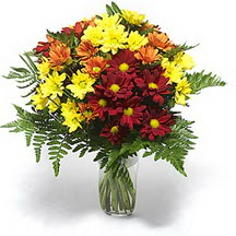 Tunceli çiçek yolla  Karisik çiçeklerden mevsim vazosu