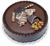 Çikolatali yas pasta 4 ile 6 kisilik  leziz  Tunceli cicek , cicekci