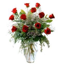 Vazo içerisinde 11 kirmizi gül  Tunceli çiçek , çiçekçi , çiçekçilik