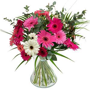 15 adet gerbera ve vazo çiçek tanzimi  Tunceli ucuz çiçek gönder