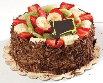 pastaci firmasindan 4 ile 6 kisilik çikolata meyvali yaspasta  Tunceli çiçek yolla