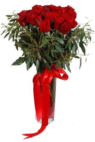 15 adet kirmizi gül cam vazo içerisinde  Tunceli çiçek gönderme