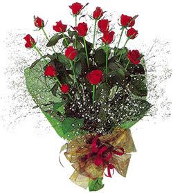 11 adet kirmizi gül buketi özel hediyelik  Tunceli çiçek gönderme sitemiz güvenlidir