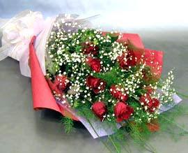 10 adet kirmizi gül çiçegi gönder  Tunceli çiçekçiler