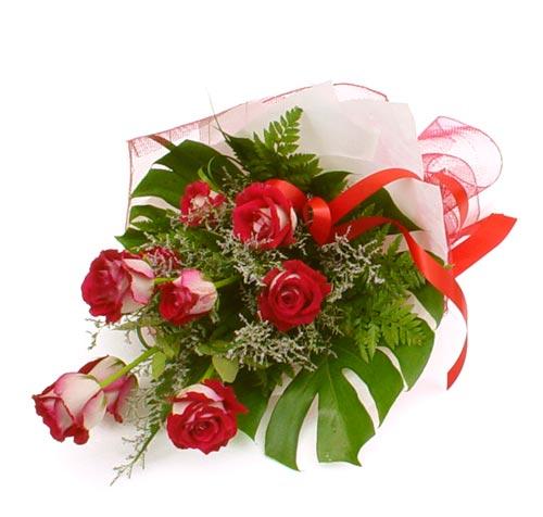 çiçek gönder 7 adet kirmizi gül buketi  Tunceli cicekciler , cicek siparisi