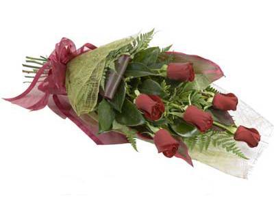 ucuz çiçek siparisi 6 adet kirmizi gül buket  Tunceli çiçek yolla