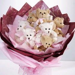 9 adet ayiciktan buket  Tunceli çiçek satışı
