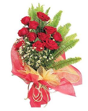 Tunceli çiçek online çiçek siparişi  11 adet kırmızı güllerden buket modeli