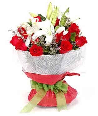 Tunceli İnternetten çiçek siparişi  1 dal kazablanka 11 adet kırmızı gül buketi