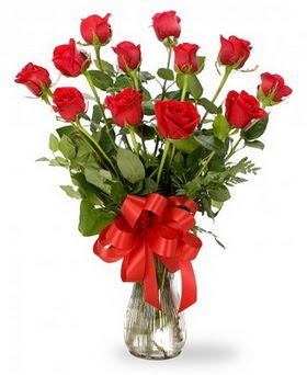 Tunceli online çiçekçi , çiçek siparişi  12 adet kırmızı güllerden vazo tanzimi
