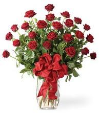 Sevgilime sıradışı hediye güller 24 gül  Tunceli internetten çiçek satışı