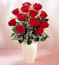 Tunceli çiçek gönderme sitemiz güvenlidir  9 adet vazoda özel tanzim kirmizi gül