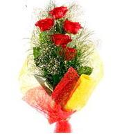 5 li kırmızı gül buketi  Tunceli çiçek gönderme