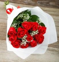 9 kırmızı gülden buket çiçeği  Tunceli kaliteli taze ve ucuz çiçekler