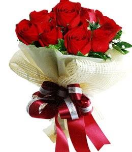 9 adet kırmızı gülden buket tanzimi  Tunceli çiçek servisi , çiçekçi adresleri