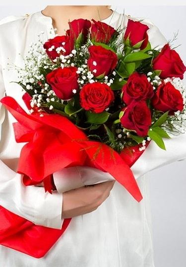 Aşk Gülleri 11 Adet kırmızı gül buketi  Tunceli güvenli kaliteli hızlı çiçek