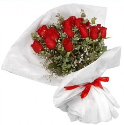 9 adet kırmızı gül buketi  Tunceli çiçek gönderme sitemiz güvenlidir
